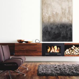 Stufa a legna interno casa Balance Skantherm in vendita a Rimini