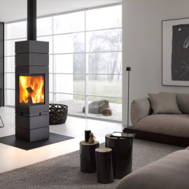 Stufa a legna interno casa Elements Skantherm in vendita a Rimini
